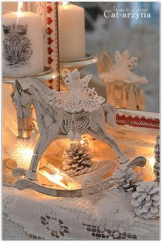 Shabby Chic Christmas,saw some white crochete christmas decorations last year at richmond ,tas, should has got them then...but will go back and see if the store has them in again this year.