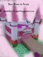 Torta di pannolini Castello ricoperto goma eva