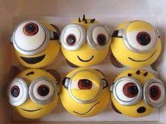 Despicable Me, minion cupcakes Despicable Me Party, Minion Party, Minion Theme, Minion Cupcakes, Cupcake Cookies, Cake Minion, Minion Treats, Minion Cookies, Cupcakes Kids