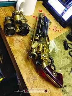 Steampunk pistol 01 and trinoculars 01 01 Steampunk Pistol, Steampunk Shop, Steampunk Accessoires, Steampunk Gadgets, Steampunk Cosplay, Steampunk Design, Victorian Steampunk, Steampunk Fashion, Firearms