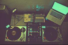 Awesome DJ setup! 1x Akai LPD8 1x Rane TTM-68 2x Novation Launchpad 2x SL1200 1x  Macbook Pro 2x Apple iOS device