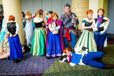 Frozen cosplays EVERYWHERE!