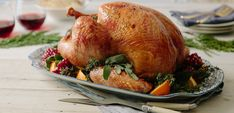 咸和烤整个土耳其-莫顿盐 Whole Turkey Recipes, Roast Turkey Recipes, Chicken Recipes, Debi Mazar, Perfect Roast Turkey, Tart, Electric Roaster, Morton Salt, Roasted Turkey