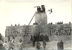 A ledöntött Sztálin szobor talapzata #revolution #1956 #hungary #houseofterror #communism #stalin #statue #fall