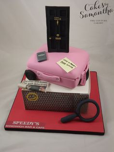 That's KINDA...freaking awesome. :D Sherlock Holmes Cake