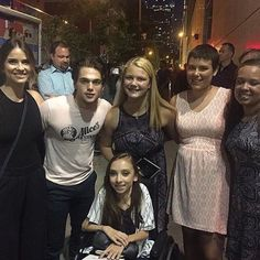Shelley Hennig and Dylan Sprayberry with a fans. Shelley Hennig, Dylan Sprayberry, Teen Wolf Cast, Got Married, It Cast, Fans, Followers, Fan