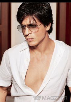 Read Shahrukh Khan's Special on Magzter