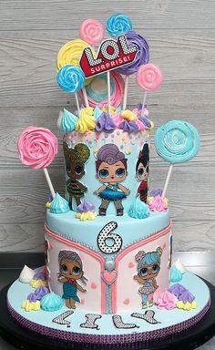 Doll Birthday Cake, Funny Birthday Cakes, 6th Birthday Parties, 7th Birthday, Surprise Cake, Surprise Birthday, Bolo Cake, Cake Fondant, Lol Doll Cake