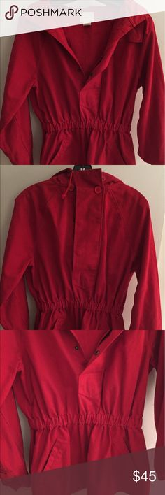 Anthropologie Cordelia Hooded Cargo Jacket Like new, great condition. Anthropologie Cordelia Red Hooded Pop Over Cargo Cropped jacket. Size 6 runs as a small-medium. 100% cotton. Anthropologie Jackets & Coats