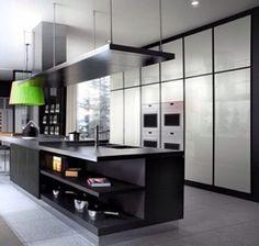 Black n' white Kitchen