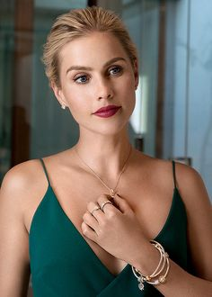 Fierce Rebekah independent & selective Rebekah Mikaelson written by Madison established August 2014 I am the end of all things; I have drunk the blood of Kings. Claire Holt The Originals, The Originals Rebekah, Good Girl, Vampire Diaries, Rikki H2o, Emma Gilbert, Indiana Evans, Fangirl, Instyle Magazine