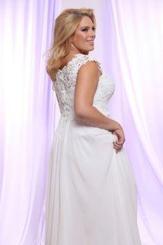 #plussizebride #plussizeweddingdresses #brides #weddinggowns  Soutage Lace and Chiffon Wedding Dresses for Plus Size Brides  See more Plus Size Wedding Gowns on our site!
