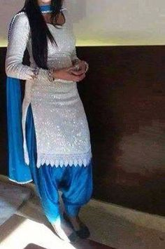 Love this sequin white shirt with blue salwar so pretty punjabi suit SRandhawa n boo aapko mast suit hoga Indian Suits, Indian Attire, Indian Wear, Indian Dresses, Punjabi Fashion, Asian Fashion, Sari, Patiala Salwar, Anarkali