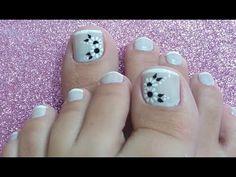 UNHAS DECORADAS PARA OS PÉS COM FLORES PRETAS - YouTube Nail Art Designs Videos, Toe Nail Designs, Summer Toe Nails, Manicure Y Pedicure, French Nails, Diy For Kids, Subway Tiles, Nail Ideas, Pink Black Nails