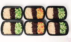 Short on time? This easy vegan / vegetarian meal prep is ready in just 30 minutes!