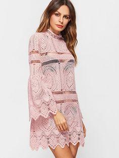 Spitzen Kleid mit Bellärmel Zig Zag Stickereien Rosa