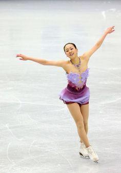 (453×650) http://www.asahi.com/sports/gallery/figureskate2013/gp_final/
