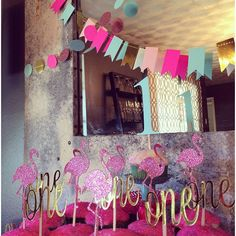 """#Ryleeisone #partymadepretty #etsy #custom #customparty #flamingoparty #flamingo #cupcaketoppers #goldcupcaketoppers #onecupcaketoppers #allgoldeverything"" Photo taken by @partymadepretty on Instagram, pinned via the InstaPin iOS App! http://www.instapinapp.com (10/11/2015)"