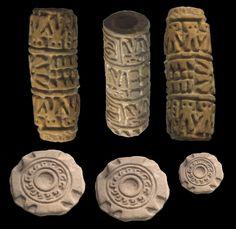 www.gogoanhalzer.com  These cylindrical Pre-colombian seals belonged to the Jama Coaque and Chorrera Culture.  Sellos precolombinos en forma cilíndrica de la cultura Jama Coaque y Chorrera.  www.gogoanhalzer.com