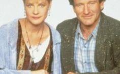 Il prossimo natale Ritorna Jumanji IL PROSSIMO NATALE TORNA JUMANJI: SONY ANNUNCIA IL REMAKE Una delle pellicole di maggior successo di Robin Williams riprenderà vita. annunciato solo oggi ma che già si attendeva da almeno 3 anni è i #robinwilliams #jumanji