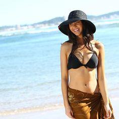 Beach, sun, hats. #aff