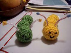 Amigurumi Caterpillar : My pet caterpillar or worm amigurumi diy toys crochet & knitted