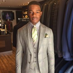 Stephan James, Canadian actor in a Davido Afnani 3 piece suit cut from a S150 Wool and Silk Blend.
