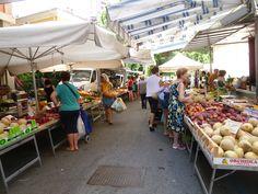 """""""Mercato"""", Sestri Levante Liguria Italia (Luglio) Sestri Levante, Italia"""