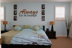 still obsessed with the wall art over the bed....