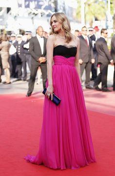 Make dress shopping on http://annagoesshopping.com/dresses