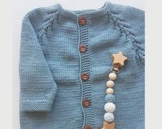 33 Ideas For Crochet Baby Romper Shops Winter Baby Clothes, Knitted Baby Clothes, Baby Winter, Crochet Clothes, Crochet Romper, Newborn Crochet, Crochet Baby Hats, Baby Knitting, Baby Animal Costumes