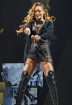 See Rihanna's Givenchy outfits for her Diamonds World Tour Hope I Get To See Her In This!!!