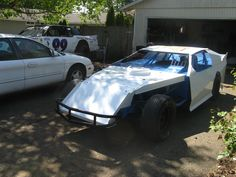 My friend Chris Frisbie's Dirt Modified! Looking fast! :)