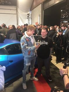 Justin at Barret Jackson charity auction in Scottsdale, AZ Your The Only One, All Superheroes, Slicked Back Hair, Justin Bieber, My Boys, My Hero, Style Icons, Charity, Jackson
