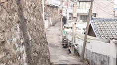 KBS 2TV '다큐3일'에서는 '하늘 아래 재생 1번지 - 창신동 돌산마을'을 찾는다.  http://office.kbs.co.kr/mylovekbs/archives/301025  http://kakaotv.daum.net/embed/player/cliplink/302478551?autoplay=1&service=daum_movie&section=daum_movie