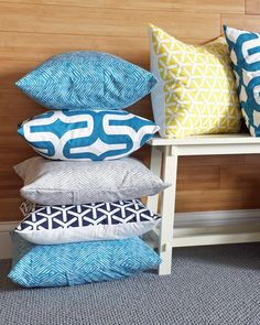 Make your own pillow covers. I SO needed this tutorial today! Yellow office, here I come! ^nk