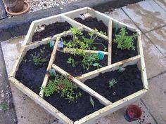 / Hexagonal Planter. Found on reddit r/DIY
