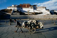 Potala Palace, Lhasa, Tibet/ Photography by Steve McCurry / Here you can download Steve's FREE PDF Catalog and order PRINTS /stevemccurry.com/...