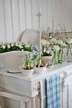 Commode And White Flowers | Flowers & Greens