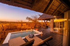 Ezulwini Billy's Lodge is located in the Big 5 Balule Nature Reserve in a pristine region of Limpopo Province, offering a top class Kruger safari.  Standard suite on full board – R3950  superior suite on full board – R5600