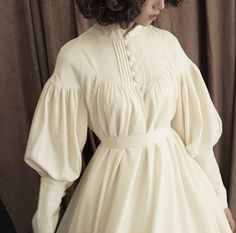 You look beautiful in makeup and also look beautiful with out makeup. Vintage Dresses, Vintage Outfits, Vintage Fashion, Mode Kawaii, Estilo Lolita, Mode Vintage, Lolita Dress, Visual Kei, Mode Style