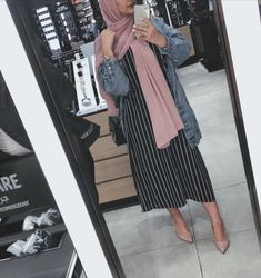 Dress hijab style modest fashion 44 Ideas for 2019 Hijab Fashion Summer, Modern Hijab Fashion, Hijab Fashion Inspiration, Islamic Fashion, Abaya Fashion, Muslim Fashion, Modest Fashion, Fashion Outfits, Dress Fashion