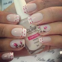 unhas decoradas Faça você mesma, unhas lindas e decoradas. Em Nails, Cute Nails, Pretty Nails, Hair And Nails, Stylish Nails, Flower Nails, Tulip Nails, Beautiful Nail Designs, Nail Decorations