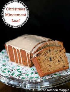 Mincemeat Loaf - this is a fabulous Christmas dessert for the mincemeat lover in your family! Delicious Cake Recipes, Easy Cake Recipes, Yummy Cakes, Baking Recipes, Dessert Recipes, Desserts, Baking Ideas, Bread Recipes, Uk Recipes