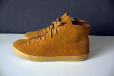 Veja Indigenos High Camel Shoes