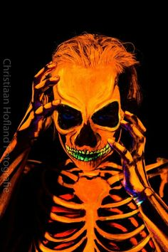 Neon UV skeleton Blacklight bodypaint  Artist: Merel Wismeijer / Face Fantasy Model: Kimberley Photo: Christiaan Hofland  Facefantasy.nl Amersfoort