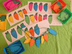 RUIMTE - We maken een ketting voor het wortelfeest en volgen daarvoor de opdrachtkaart. Visual Perception Activities, Student Crafts, Diy And Crafts, Paper Crafts, Working With Children, Edd, Fine Motor Skills, Little Ones, Kindergarten