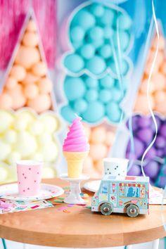 Balloon Installation, Balloon Backdrop, Balloon Centerpieces, Helium Balloons, Balloon Garland, Summer Ice Cream, Ice Cream Party, Tillamook Ice Cream, Ice Cream Balloons