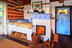 Cottage Design, House Design, Green Magic Homes, Small Breakfast Nooks, Chalet Design, Rocket Stoves, Cabins And Cottages, Barbacoa, Home Decor Kitchen