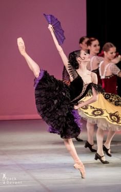 Julia Moskalenko (National Ballet of Ukraine) in Don Quixote. Photo by Jack Devant